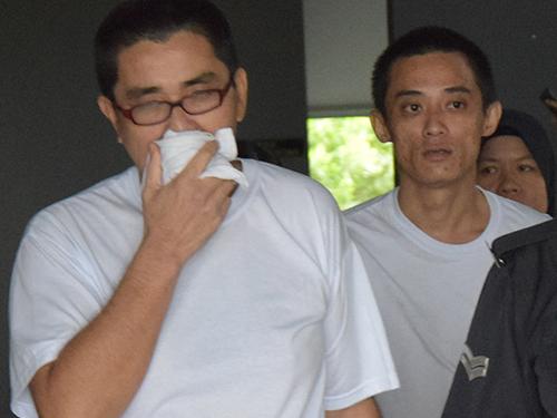 陳來金(前)及劉凱城因擁毒被判坐牢4年,在販毒罪名下表罪不成立,逃過死刑。