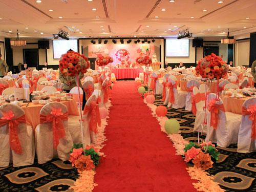 紙花一樣可以走進婚禮,做成手捧花及佈置喜宴。