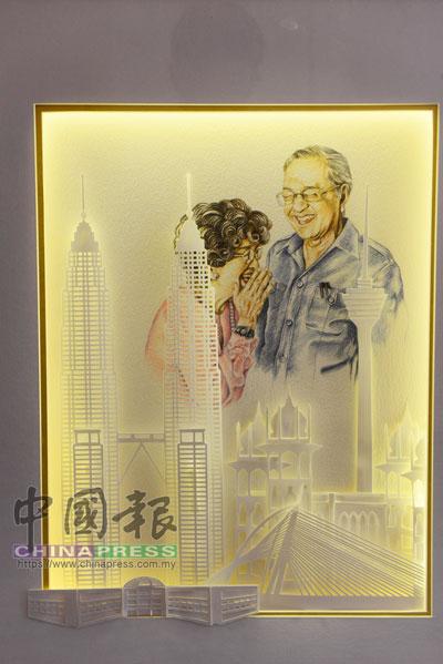 李國良初次把繪畫和剪紙結合創作的《新馬來西亞》。