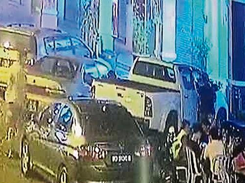 貨卡退車猛撞擋路本田城市的事件,上週受到社會熱議。