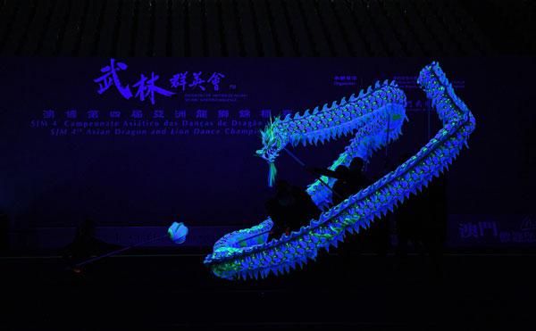 一幕幕龍獅競技將於8月4日在塔石體育館上演,包括南獅及夜光龍賽事。