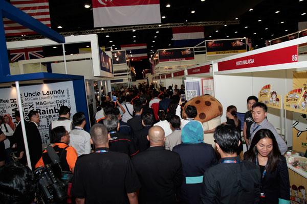 2017年雪蘭莪國際商展會共設有348個展位,聚集了海內外企業和 機構。