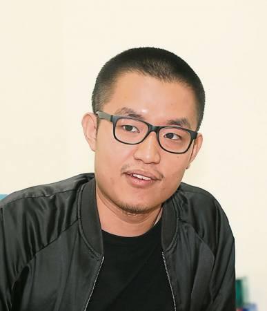 鄭康恆(24歲,工業設計系)