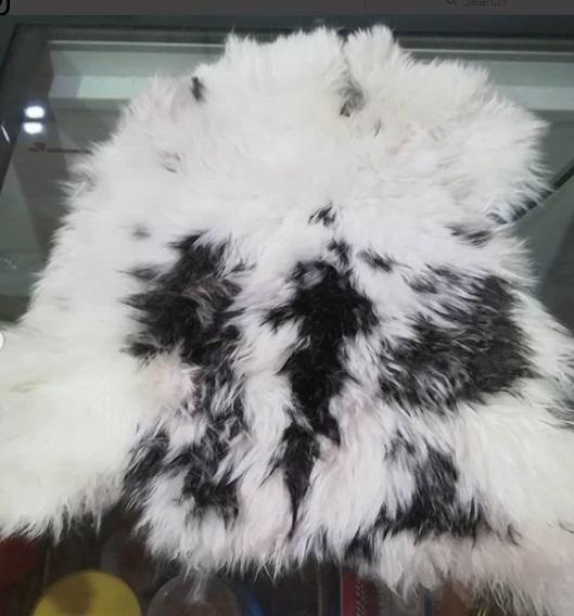 混色兔毛製成的裝飾品,將更具吸引力和顯得自然。