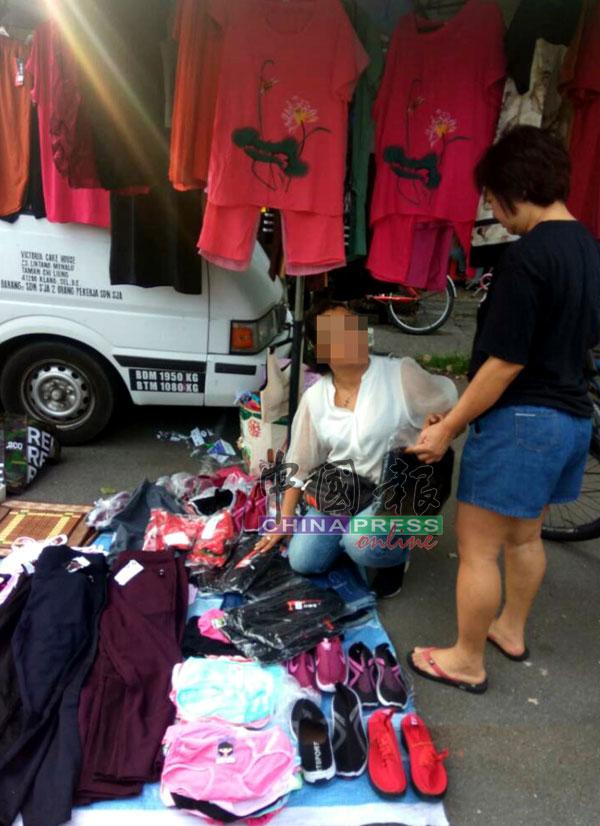 小販形容中國婦又兇又霸道,質問她們還會遭反嗆。