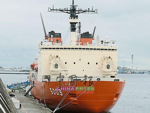"""破冰艦是一艘難得一見的艦船,能夠登上""""白瀨""""號,讓人們了解,前往南極觀測並不是一件簡單的任務。"""