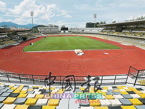 霹靂體育場的足球場已準備就緒,迎接馬運會。