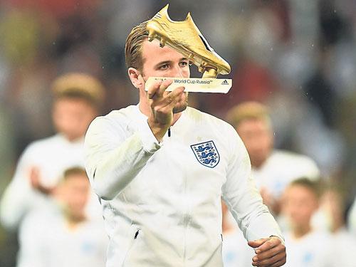 周六在溫布里領取世界杯金靴的哈里凱恩,本仗放眼破連續4場進球荒。(法新社)