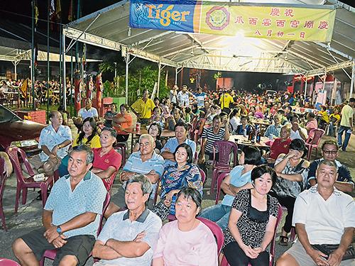 爪西雲西宮廟慶,善信踴躍出席參與。