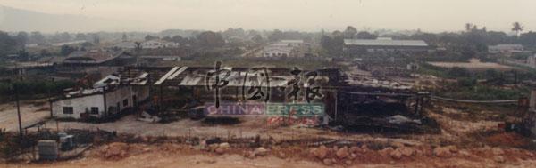 对双溪毛糯新村的老居民来说,烟花二字,是他们一辈子无法磨灭的痛。