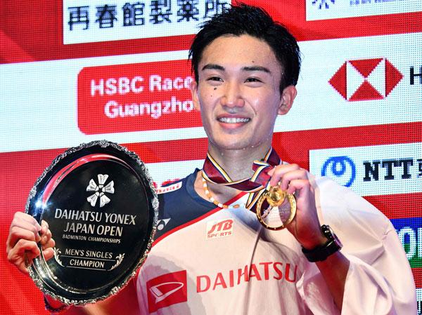 桃田賢斗創造歷史,成為首位本土球員奪得日本賽男單冠軍。(法新社)
