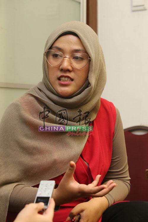 茜拉参与央视秋晚的马来西亚吉隆坡分会场排练开始前,接受《中国报》访问。