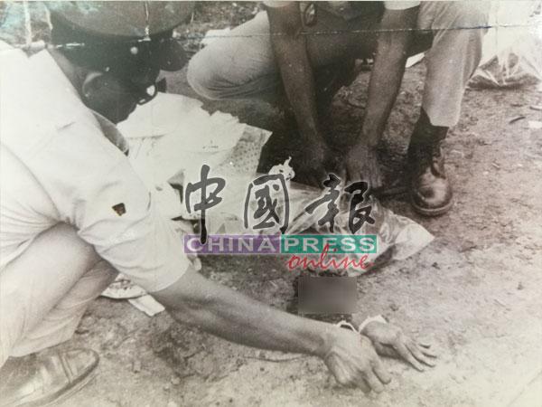 罹难者粉身碎骨,图为现场一只和身体断开的手掌散落在地上被寻获。