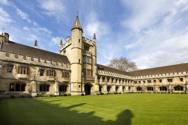 牛津大学蝉联《泰晤士高等教育》世界大学排名榜第一名。