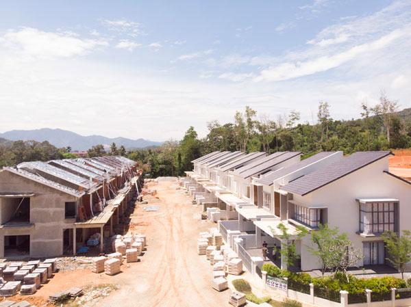 Chamang Glades Residences建筑工程已在进行中,预计在2019年中竣工。