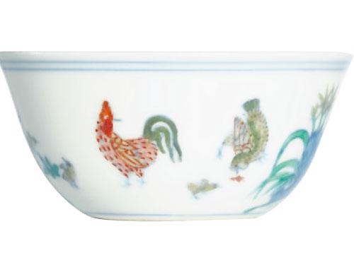 """中国""""公鸡杯""""是被伪造最严重的瓷器。"""