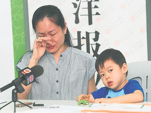 母亲蒙丽萍泪洒记者会,呼吁民众慷慨解囊,为李滽和保命。