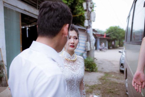 20181023pfb43d-vietnam_bride