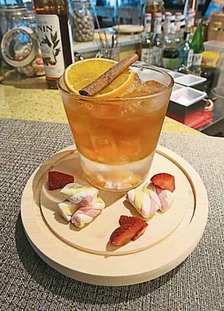 曾繁升以本地人的口味,调制出和日本餐搭配结合的鸡尾酒。