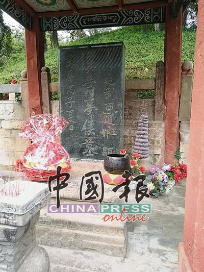 位于中国湖北省的当阳关陵庙,是关羽身躯埋葬之地,距今已有一千七百多年历史。每年秋祭,中外关公信众都会在这里祭祀关公。