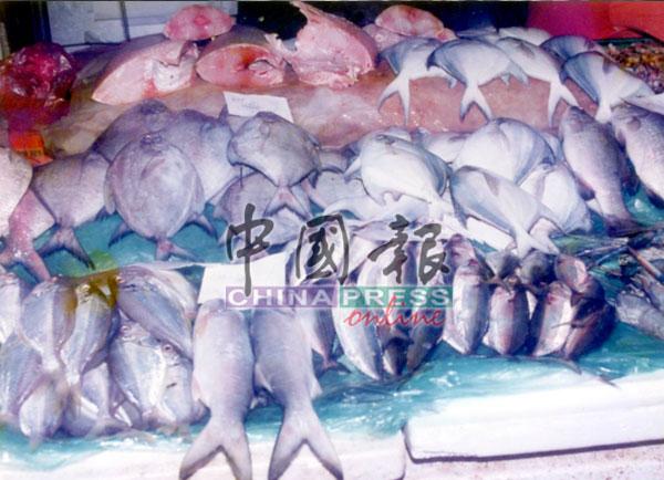此案发生后,严重打击鱼虾市场,出现了鱼虾堆积如山、无人问津的局面。