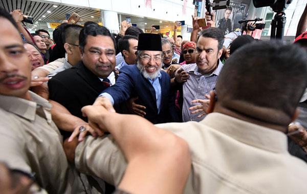 前首长丹斯里慕沙阿曼对于法庭的判决感失望,并指示律师团提出上诉。