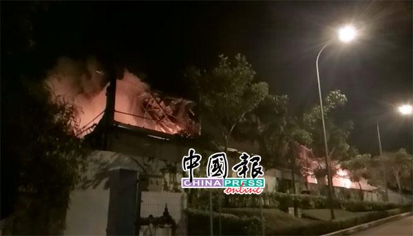20181108pfb35d-fire