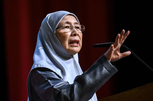 副首相拿督斯里旺阿兹莎指出,政府将在明年实验性推行另类惩治制度,让涉及轻微罪行的孩童免受法律惩治。(档案照/马新社)
