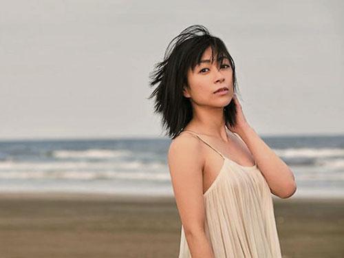 宇多田光和第2任意大利籍丈夫离婚后,再爆异国恋情。