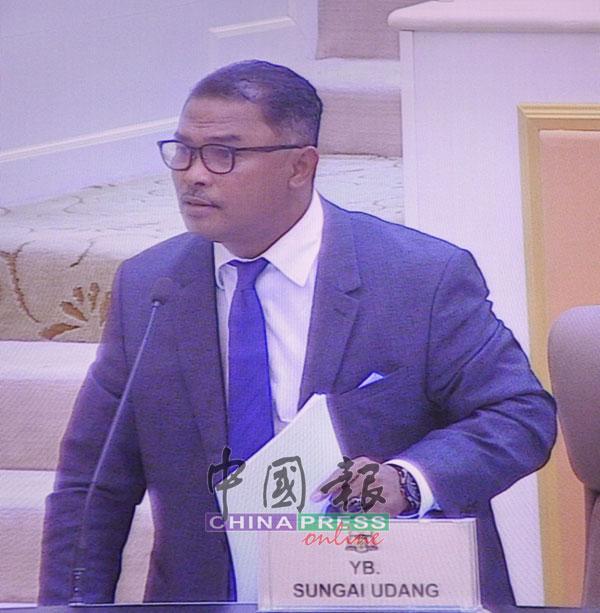 依德利斯哈仑坚持要议会辩论有关《消除一切形式种族歧视国际公约》的紧急动议。