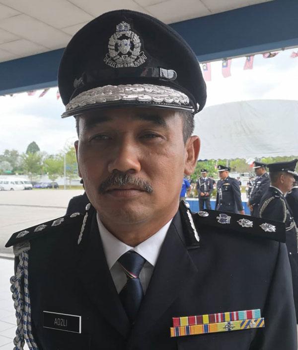 瓜拉姆拉县警区主任阿兹里助理总监