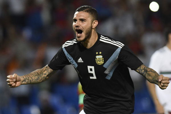 伊卡尔迪以国际赛处子球,助阿根廷打响第一枪。(法新社)
