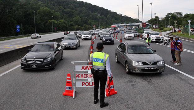警方连续2天在大道展开取缔行动。