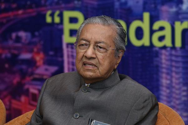 首相敦马哈迪指出,希盟政府不会推动地方议会选举。