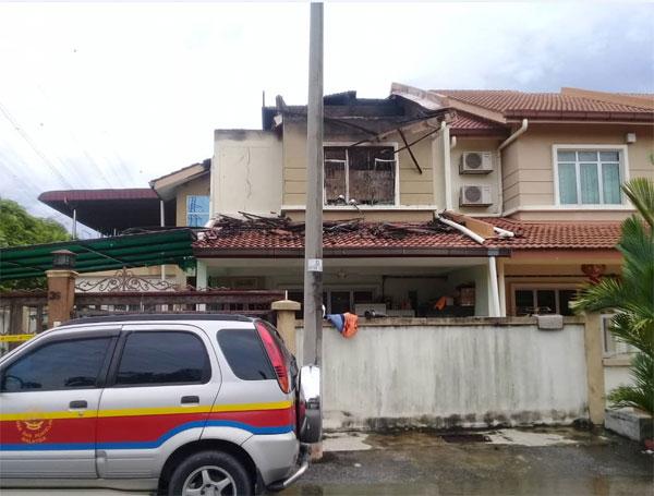 反贪会1名高官住家周一(17日)疑遭人纵火。