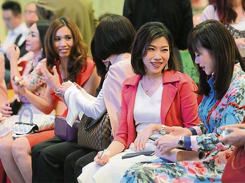 随着社会及经济的进步,国内女性创业的风气也越来越盛。