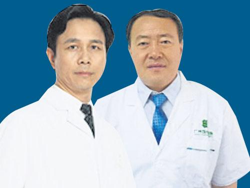 国际著名权威肿瘤专家徐海涛(右)和彭晓赤。