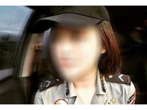 20190105fk61b-police-woman-fn190104pulis02