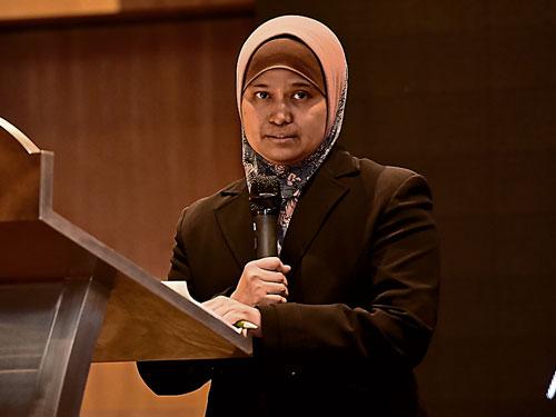 马来西亚传染病与化疗学会秘书莎菲娜(Syafinaz Amin Nordin)副教授坦言,难以消灭的超级细菌不仅可能夺去人命,更大量耗损医疗资源!
