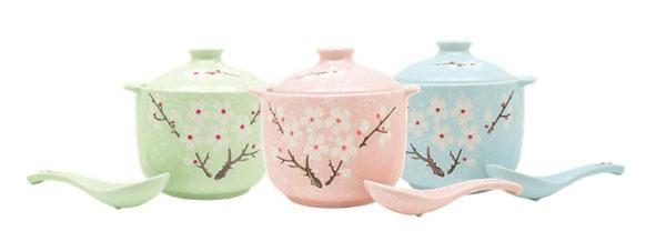 只要在The Mines以最多2张同日收据消费满588令吉,就可兑换彩色 陶瓷盅及汤匙。