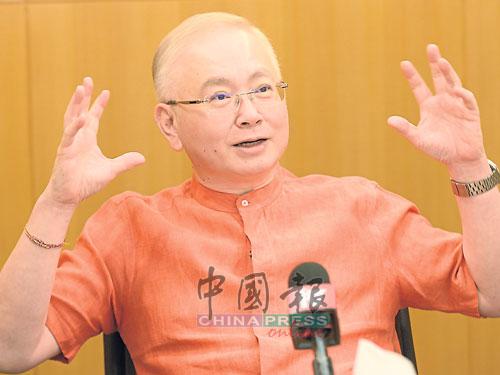 魏家祥接受中文媒体联访时,分析马来政治思潮或在未来出现改变。