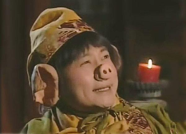 黎耀祥饰演的猪八戒形象深入民心,风头不输张卫健演的孙悟空。