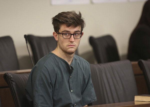 另一名嫌疑人泰勒(Preston Taylor)。