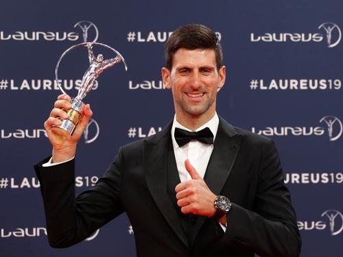 塞尔维亚网球男将卓科威奇第4次获劳伦斯世界体育奖年度最佳男运动员奖。(路透社)