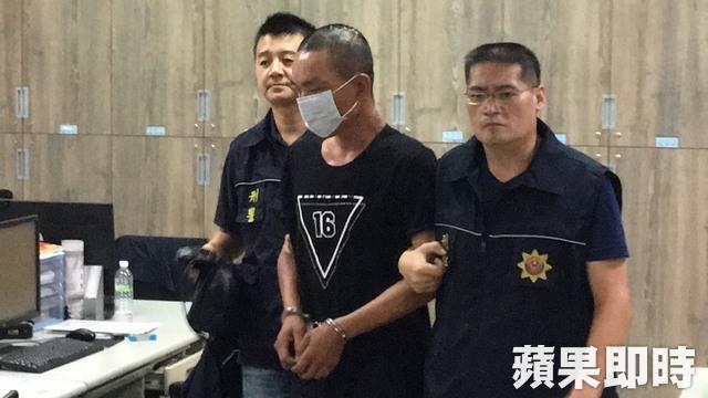 叶志昌供称遭拦下砸车,医时气愤才持枪伤人。