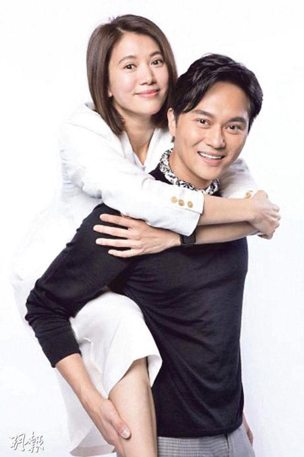 张智霖和袁咏仪结婚18年,恩爱羡煞旁人。