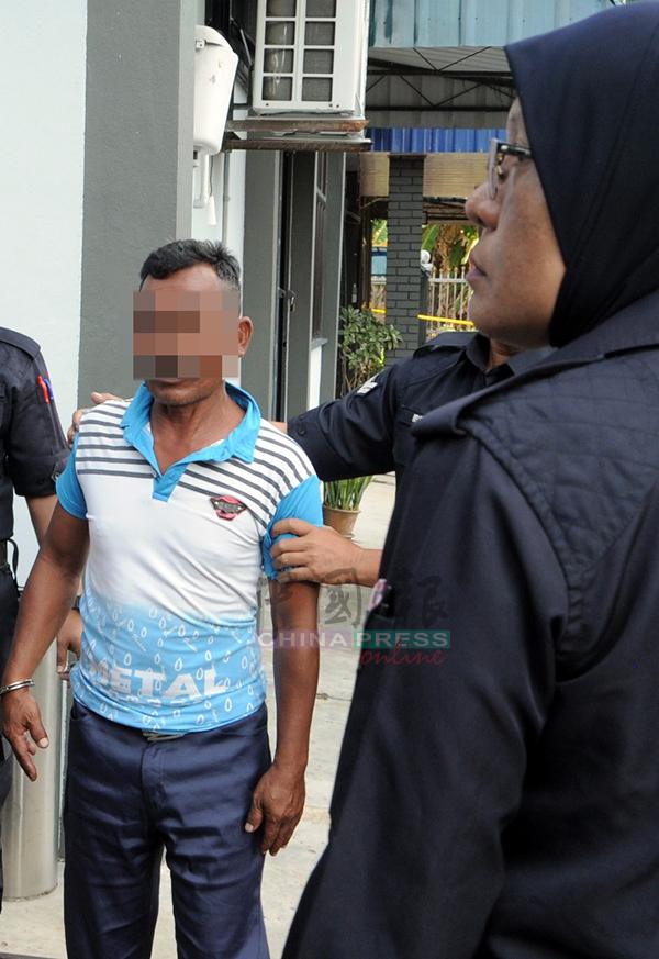 嫌犯遭扣4天助查。