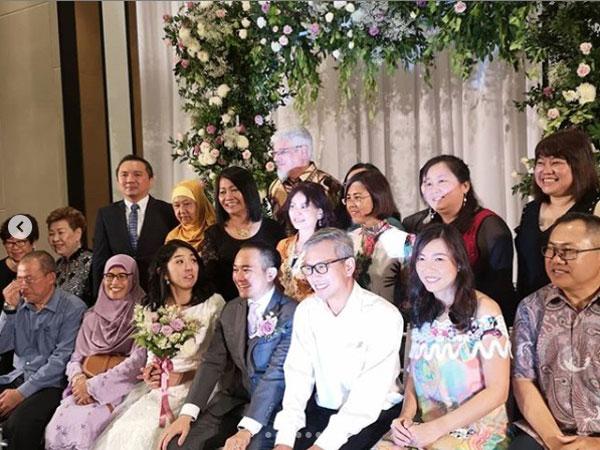 父亲牵入场杨美盈当幸福新娘! | 中國報China Press
