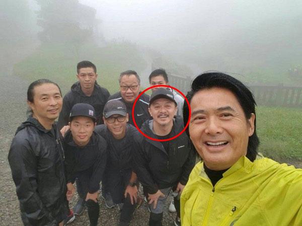 黄斌去年随团到台湾宣传《无双》时,曾跟周润发和电影团队到阳明山国家公园跑步。