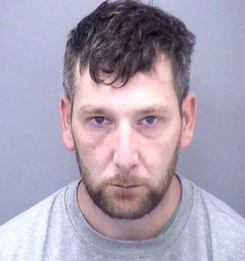 男子嫖霸王妓,還強行脫掉安全套,罪成判入獄至少12年